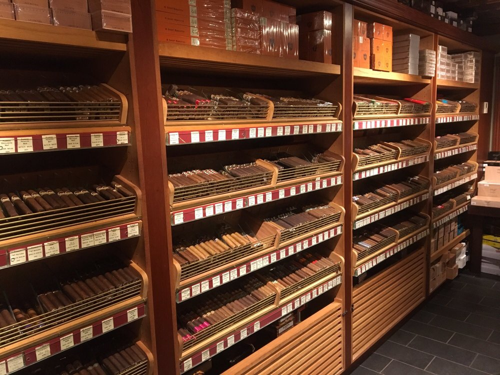 nat sherman humidor
